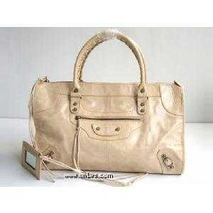 BALENCIAGA 1-324S Cream colored cuticula nail handbag